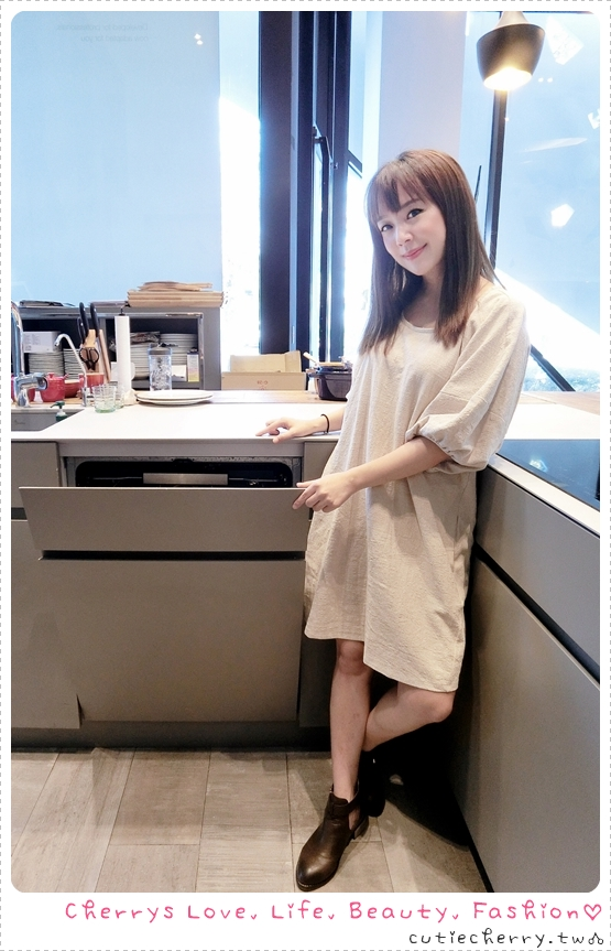 廚房.家電|伊萊克斯上拉式全崁洗碗機(ESL7845RA),讓生活更加優雅的便利好幫手♥