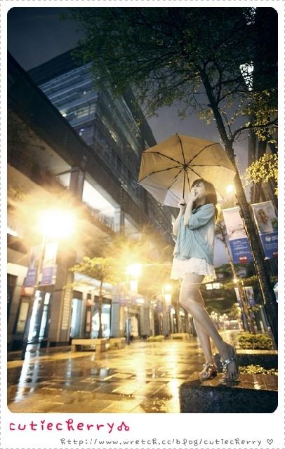 穿搭★梅雨季節也不怕!雨季女孩小穿搭♥