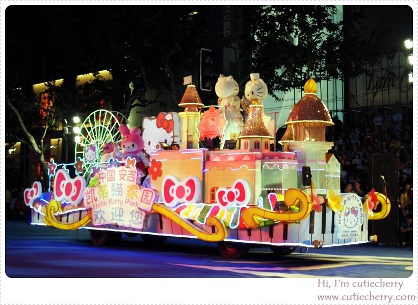 上海.Shanghai|2015 上海旅遊節開幕大巡遊♥白天就參觀富有歷史氣息的上海博物館