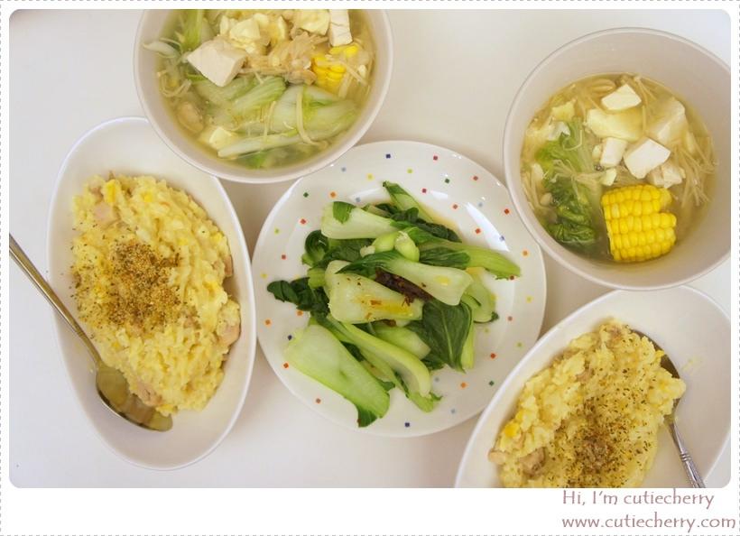 料理★最近愛上了煮東西♥快速上手的雞肉起司燉飯和海鮮蔬菜湯
