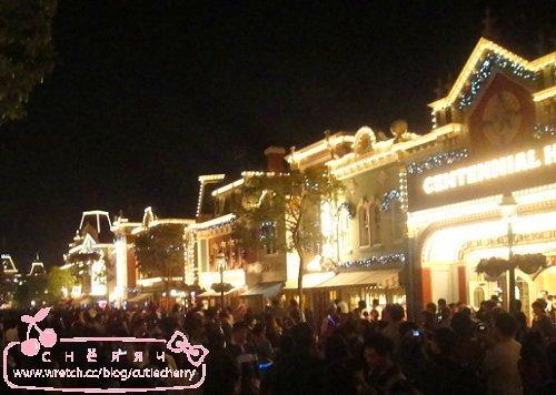 香港.Hong Kong★Good Evening!Disney【閃耀冬日+星夢奇緣煙花表演】
